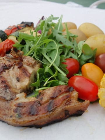 lemon-and-thyme-lamb-chops-with-crisp-new-potatoes