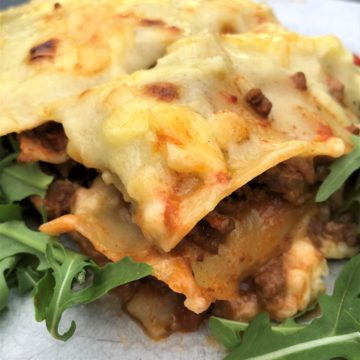beef-lasagna-salad-close-up